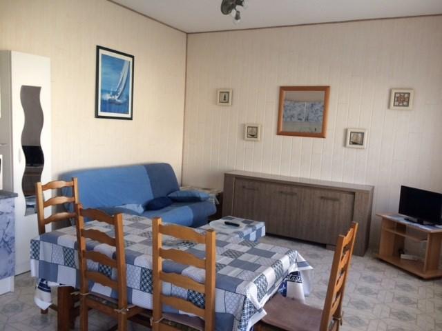 Location vacances Salles-sur-Mer -  Appartement - 6 personnes - Barbecue - Photo N° 1