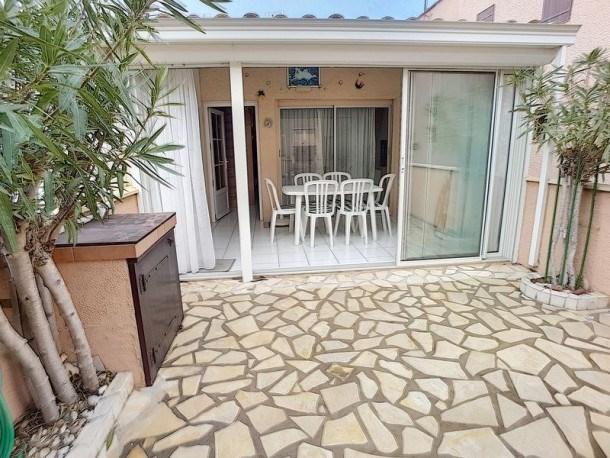 Location vacances Fleury -  Maison - 4 personnes - Terrasse - Photo N° 1
