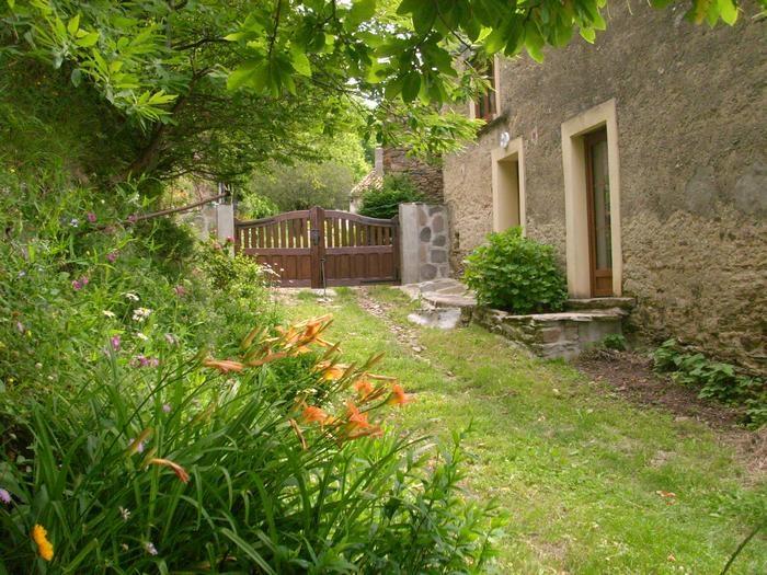 Appartement pour 3 pers. avec parking privé, Saint-Pons-de-Thomières