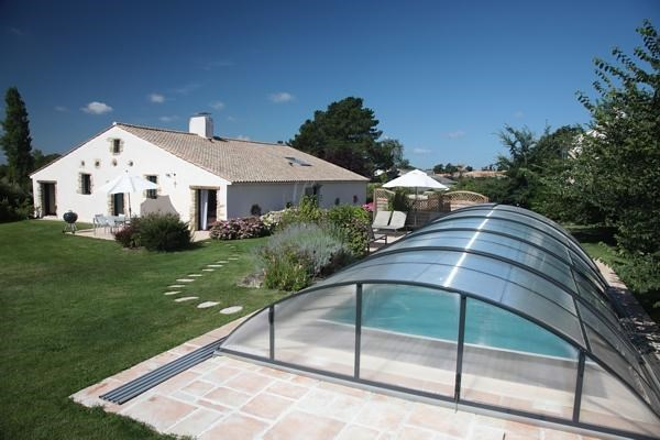 Gite haut de gamme avec piscine privée couverte et