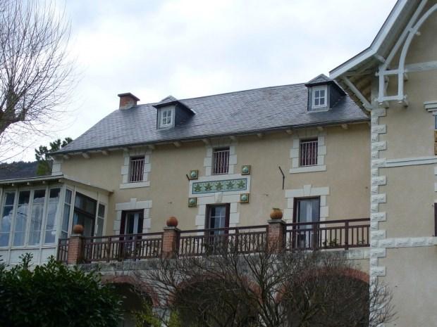 Maison familiale avec joli parc (3700 m2 ) dans les Gorges du Tarn 8 à 14 personnes - Compeyre