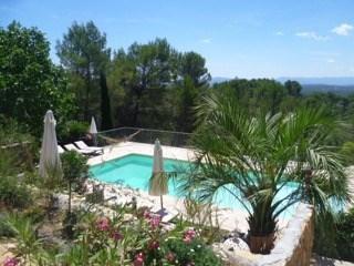 Location vacances Draguignan -  Maison - 15 personnes - Barbecue - Photo N° 1