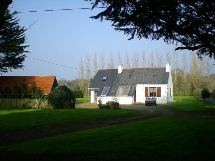Location vacances Saint-Jean-du-Doigt -  Maison - 4 personnes - Barbecue - Photo N° 1