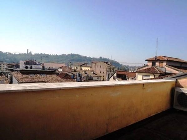 Vente Appartement 6 pièces 302m² Vicenza