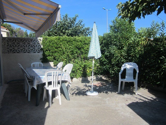 Location vacances Narbonne -  Maison - 6 personnes - Lave-linge - Photo N° 1