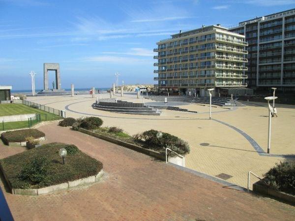 Prachtig gelegen appartement 50 m van het strand