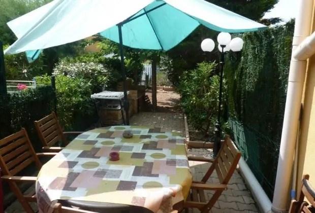 Location vacances Narbonne -  Appartement - 3 personnes - Jardin - Photo N° 1