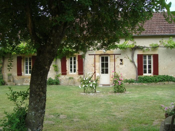 Holiday rentals Castels - House - 4 persons - BBQ - Photo N° 1