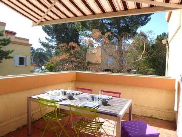 Location vacances Argelès-sur-mer -  Appartement - 5 personnes - Salon de jardin - Photo N° 1