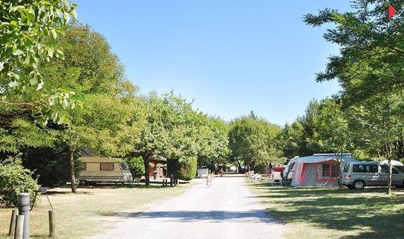 Camping Le Champ Tillet