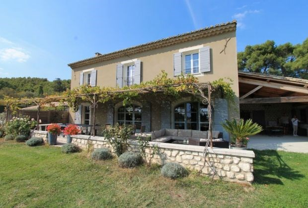 Holiday rentals Noves - House - 9 persons - Garden furniture - Photo N° 1