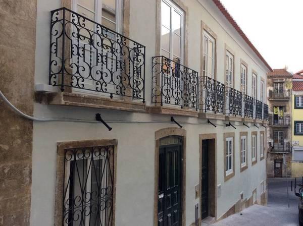 Location vacances Lisboa -  Appartement - 4 personnes - Cour - Photo N° 1