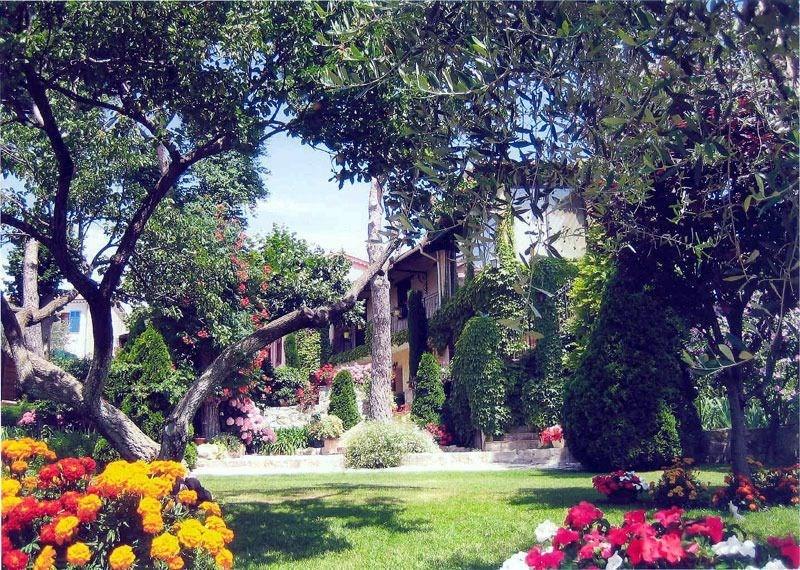 Location vacances Tourrette-Levens -  Gite - 2 personnes - Barbecue - Photo N° 1