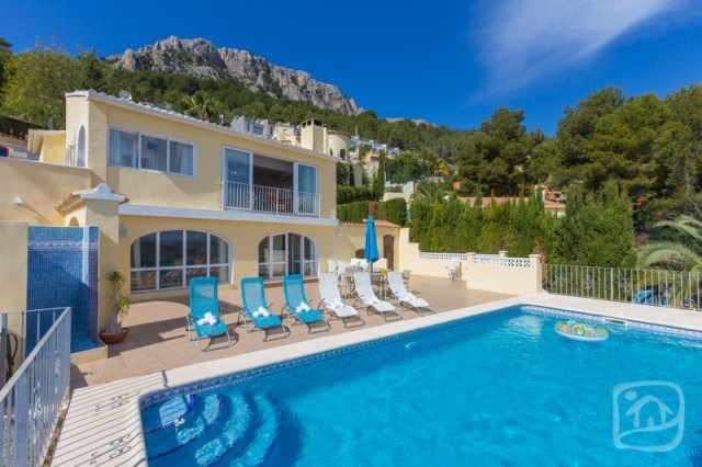 House for 6 ppl. with pool, Calp