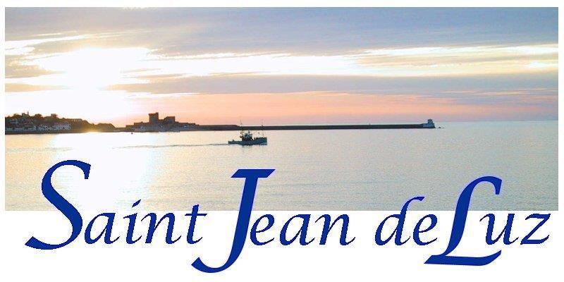 Location vacances Saint-Jean-de-Luz -  Appartement - 2 personnes - Salon de jardin - Photo N° 1