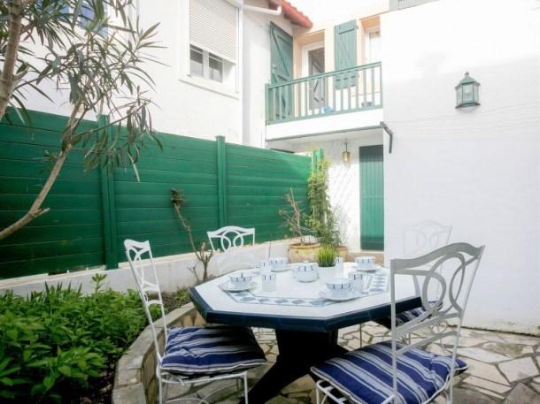 Location vacances Saint-Jean-de-Luz -  Appartement - 4 personnes - Télévision - Photo N° 1