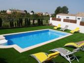 Villa située à 200m. de la plage, avec piscine privée, dans un environ calme HUTTE006761-86