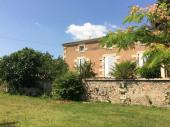 maison de caractère rénovée dans belle propriété 1ha2 avec piscine chauffée proche Blaye et Bordeaux