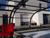 Maison d'architecte contemporaine avec piscine couverte et chauffée
