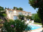 Belle villa sur la côte d'azur, près de Saint Raphaël, vue panoramique