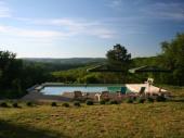 Mas du 18ième siècle, pleine nature, avec piscine chauffée