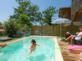 Profitez de votre piscine individuelle dans une résidence dans le Gers!