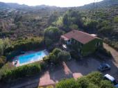 Bonifacio rez de jardin avec piscine privé au calme