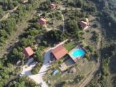 gites, 4 chalets avec piscine dans l'aude, région corbières, vue sur le chateau de peyrepertuse, vente paniers bios
