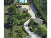 chalet bois avec très belle vue + jardin privatif