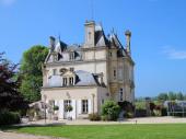 Château français délicieux années 1870 avec piscine chauffée