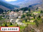 Maison atypique au coeur de l'Ardèche authentique