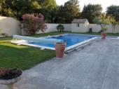 Gîte avec piscine dans l'Enclave des Papes