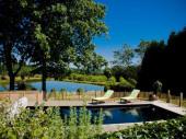 Superbe maitairie pour un séjour nature-14 P- Piscine chauffée cheminée Etang privé pour baignade, pêche...