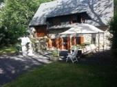 Maison de campagne rénovée avec une trés belle vue montagne.