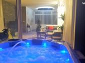 Charmant Appartement 2 pers. avec spa  terrasse et jardin privatif