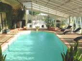 Gîte familial avec piscine couverte pour 8 personnes