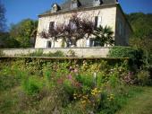Belle demeure sur la Dordogne 1016p  avec piscine et cheminée  près Sarlat en Perigord et Souillac en Quercy .