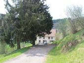 Ferme avec sauna sur les hauteurs de la Bresse pour 15 pers. Vue panoramique sur la vallée.