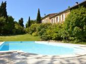 Ravissant gîte entre Toulouse et Carcassonne dans une grandre propriété avec piscine.