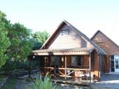 Jolie maison bois à 200 m des plages belles prestations et quartier calme