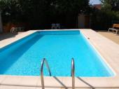 Gîtes pour 8 personnes avec piscine au calme