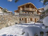 Chalet Cachemire,chalet de luxe-sauna-jacuzzi-wifi-insert-au coeur des 3 Vallées