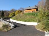 LE MONT DORE - Chalet avec terrasse et vue Sancy.