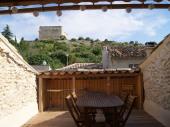 appartement duplex (cité médiévale) avec terrasse et vue sur le château