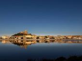 Gruissan village, grande maison avec vue sur étang