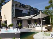 gîte nature design 5 étoiles jacuzzi piscine Gorges du Tarn plage privée 2 à 10 pers Aveyron Lozère Occitanie