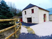 Gîte La Grange à Vaux-Montreuil - à 15 km de Rethel. Maison indépendante sur terrain avec terrasse.