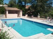 Villa provençale vue mer avec grande piscine accueillant 10 personnes, WIFI