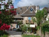 Gîte vallée de la Dordogne ; au coeur d'un village en site remarquable ; bienvenue à la Soleillade