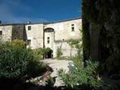 Chateau de Rodie, un gite pour 30 pers. avec piscine